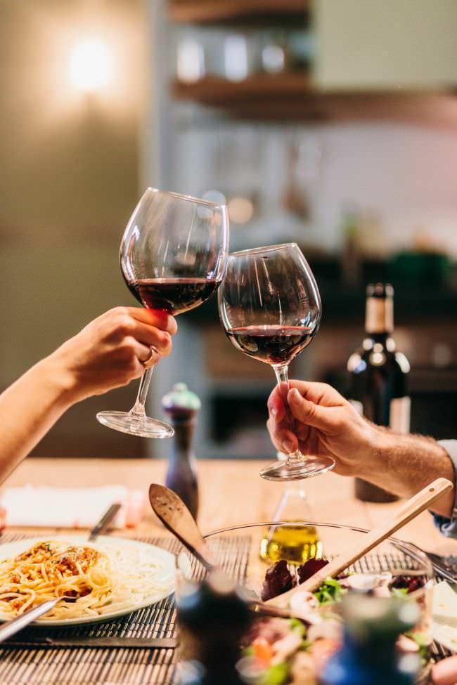 Disfruta del vino siempre en las mejores compañías