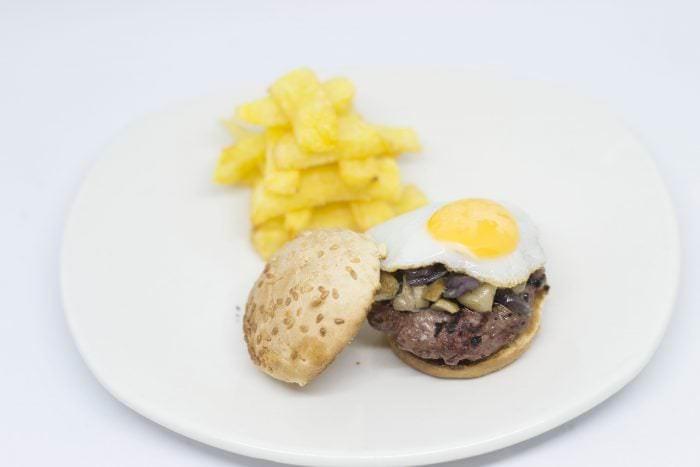 Gancho y directo mini hamburguesa para tapas