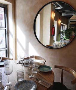 Detalle espejo La Charla