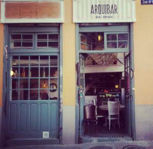 Puerta entrada Arquibar