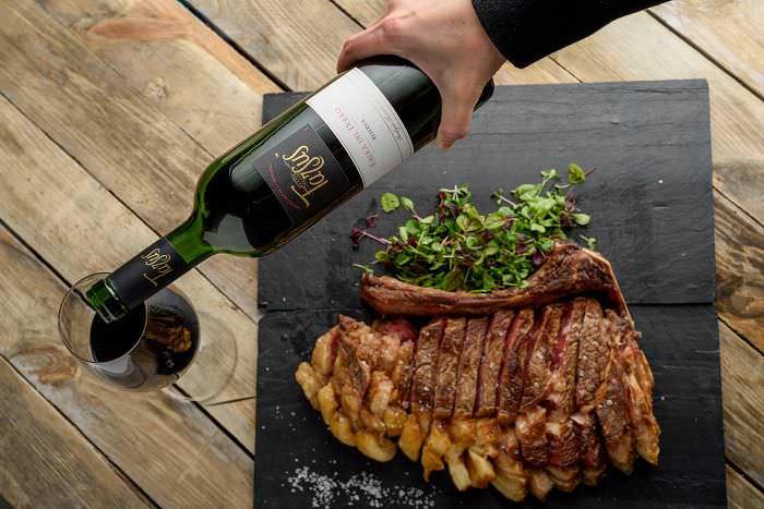 Maridaje de vino y carne