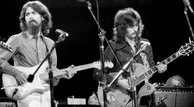 George Harrison y Eric Clapton durante el concierto de 1971