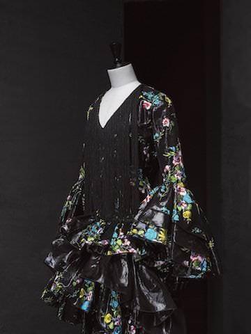 Paco Rabanne. Vestido de novia andaluz. Pelo sintético de caballo. Colección Haute Couture Otoño - Invierno 1997. Fotógrafo Jesús Madriñán.