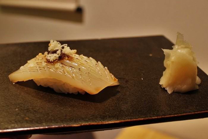 Nigiri calamar Saisho