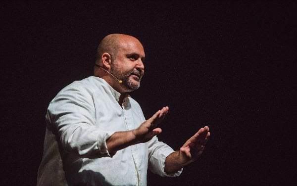 Félix Albo nos cuenta la historia de El pueblo de los mellados