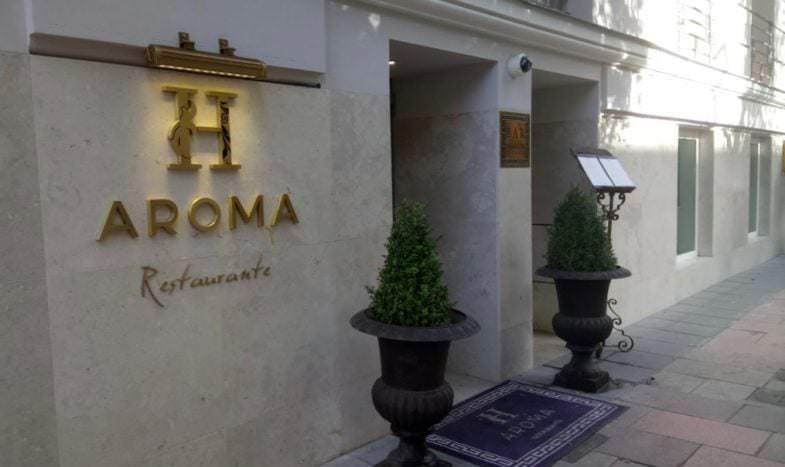 Fachada restaurante Haroma