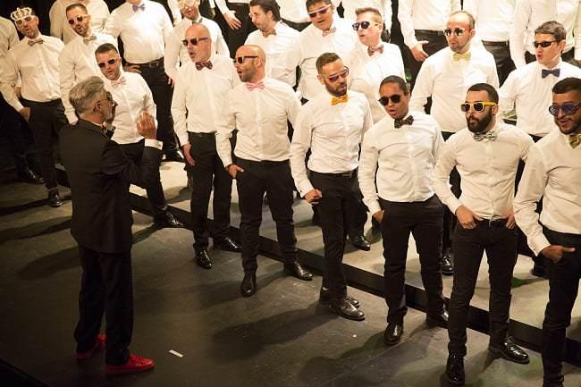 con el coro de hombres gays de madrid