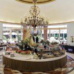 Brunch en el hall del hotel lntercontinental