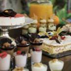 Tartas y dulces en el brunch del hotel Intercontinental