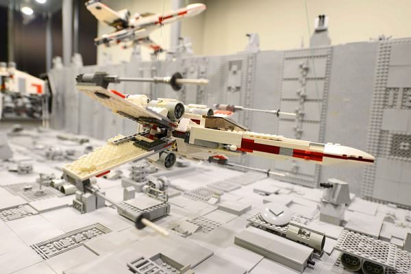 Exposición Piezas LEGO