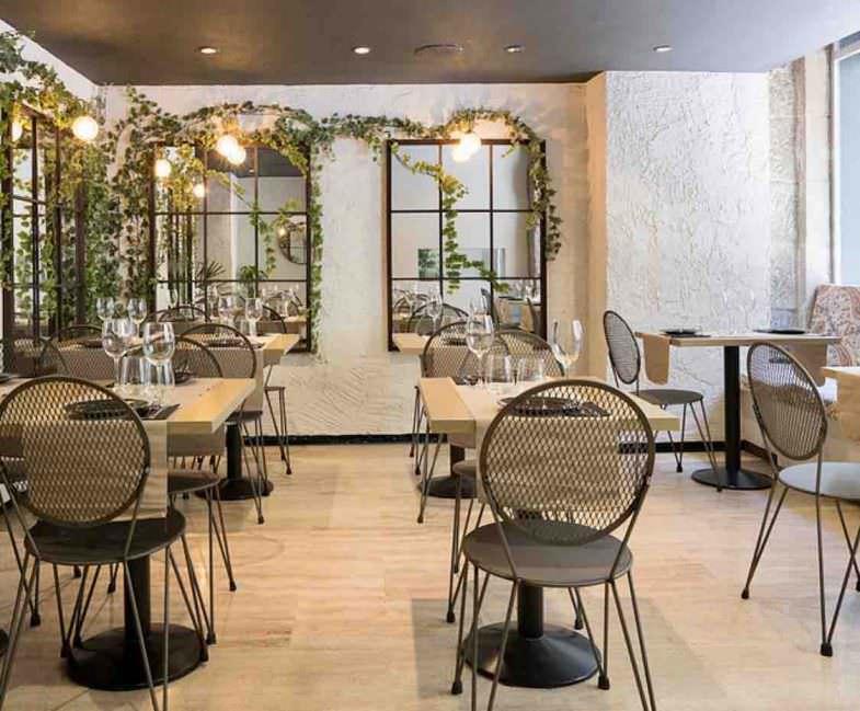 Interior restaurante, zona jardín, Zest