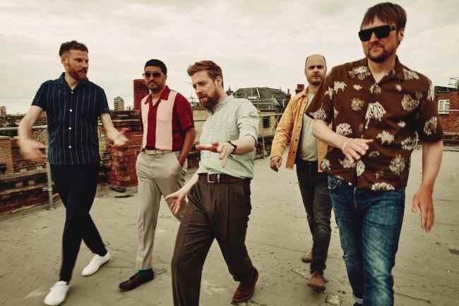 Kaiser Chiefs presentan nuevo disco
