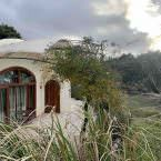 Exterior entorno de las cuevas en Hotel Spa Las Nubes