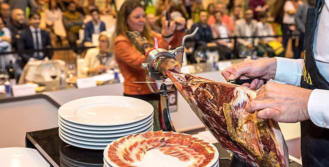 Cortador de jamón en Salón Gourmets