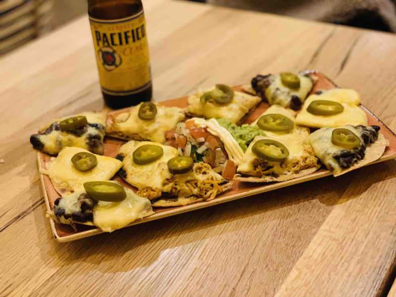 Nachos malpaso, Chihuahua tacos y tragos