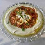 Hummus con shackshuka