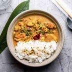 Yakimeshi langostinos yellow curry