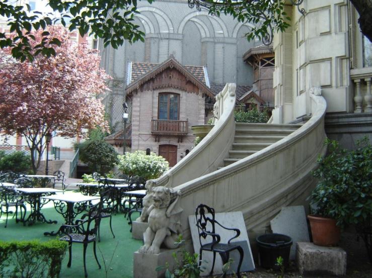 casa de america y patio del palacio de linares
