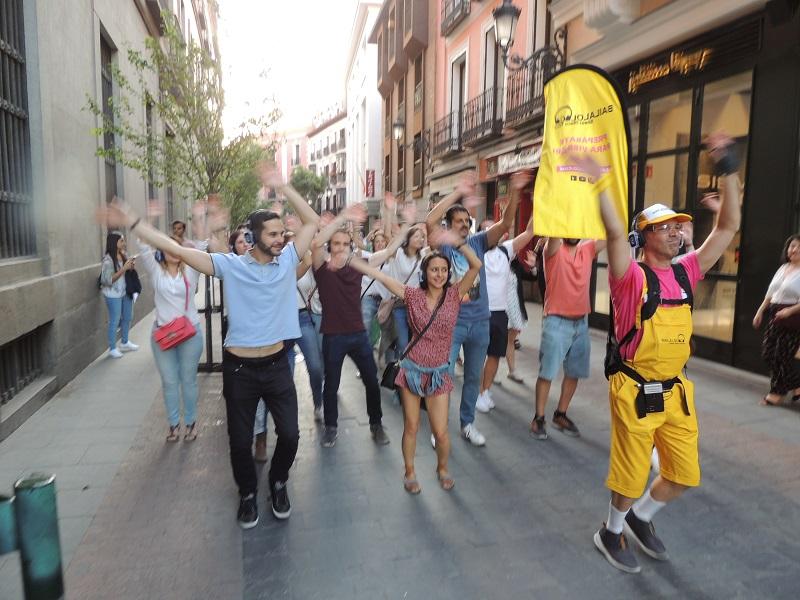 Bailaloloco Silent Disco Tours - Un buen día en Madrid